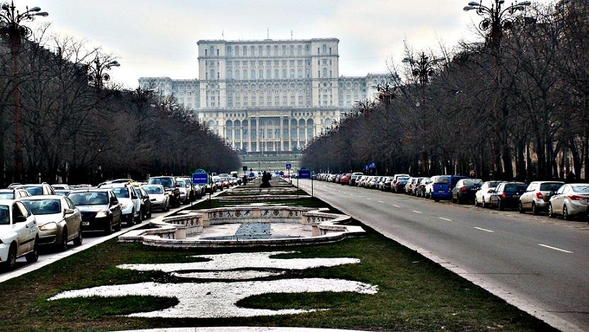 il palazzo del parlamento a bucarest il retaggio del