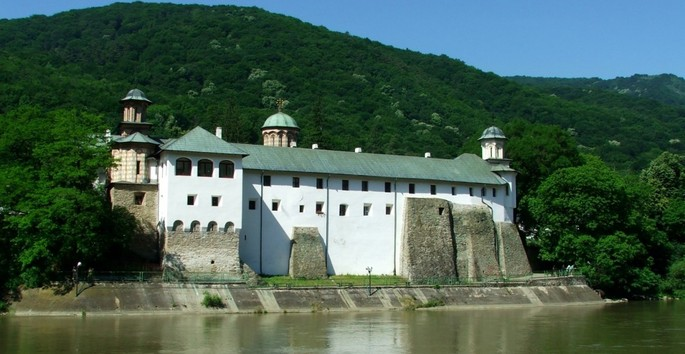 The monasteries in Vâlcea, on the UNESCO World Cultural Heritage list