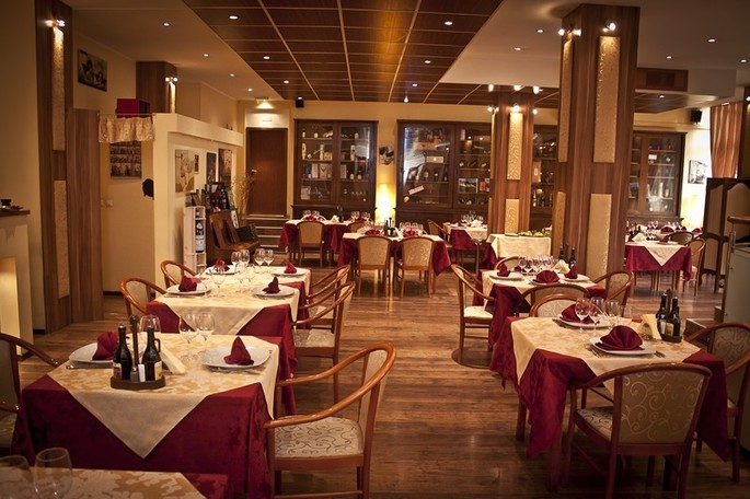 The Pomo D'Oro Restaurant
