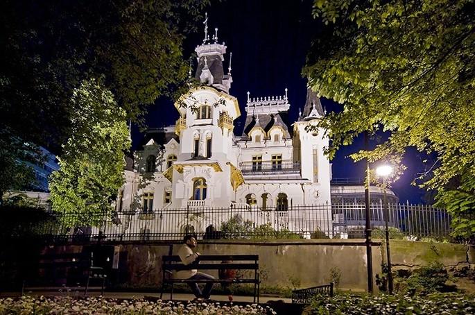 Il Palazzo Creţulescu di Bucarest