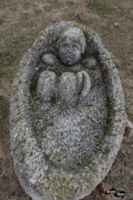 [Translate to Română:] The stone treasures of Naeni