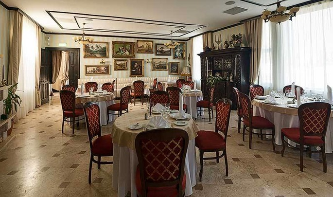 "Odeon Palace - The Restaurant ""Zahana 33"""